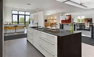 Kuche kuchenstudio essen heisingen muller kuchen for Küchenstudio essen