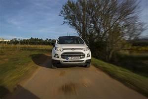 Ford Ecosport Essai : albums photos ford ecosport titanium s 2015 essai ~ Medecine-chirurgie-esthetiques.com Avis de Voitures