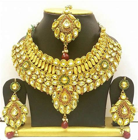 exquisite bridal gold jewellery sets   bride