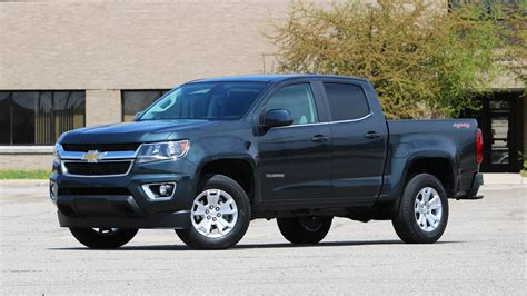 Review Chevrolet Colorado by 2017 Chevy Colorado Review All You Need From A Truck