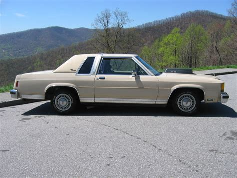 1985 Ford Crown Victoria LTD 87 Crown Vic 2DR picture ...