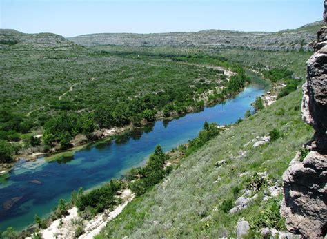best cing in and near devils river state natural area