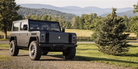 Bollinger Motors claims it received 10,000 reservations for its all-electric truck - Electrek