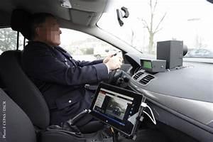 Radar Mobile Nouvelle Génération : signalisation des radars sur facebook l 39 inutile moto magazine leader de l actualit ~ Medecine-chirurgie-esthetiques.com Avis de Voitures