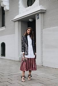 Styling Tipps 2017 : outfit pailletten blazer schwarz mit perlen sandalen ~ Frokenaadalensverden.com Haus und Dekorationen