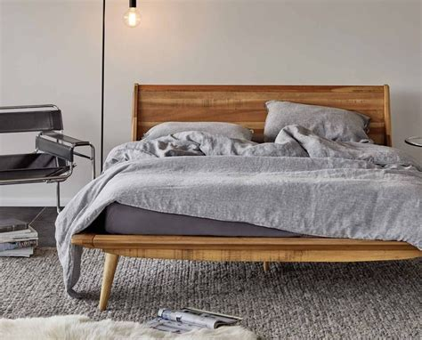 25+ Best Ideas About Modern Wood Bed On Pinterest