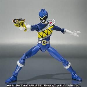 S.H. Figuarts Super Sentai Kyoryuger Kyoryu Blue & Green ...