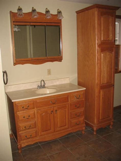 kitchen cabinets with windows mariman auction company bill 6485