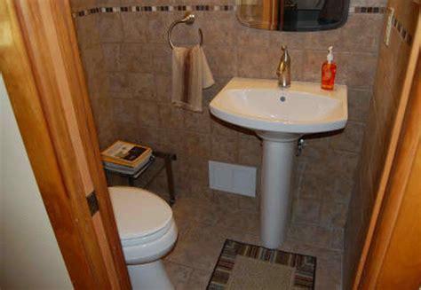 small half bathroom dimensions   datenlabor.info