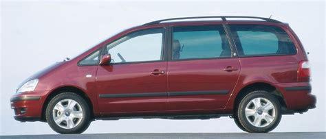 Toyota Galaxy by Ford Galaxy 2 0 Vs Toyota Previa 2 4 16v Vvt I Automaniac