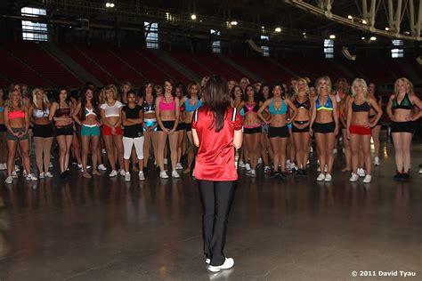 simply amazing   arizona cardinals cheerleader