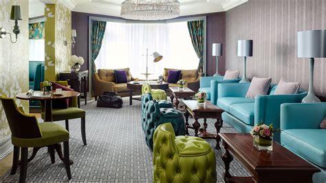 luxury  star hotel club lounge  langham hong kong
