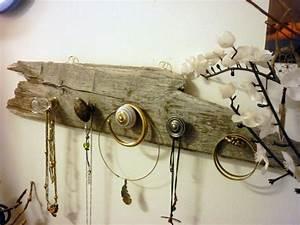 Support à Bijoux : porte bijoux mural en bois flott pat re verre laiton et c ramique bijoux et peintures murales ~ Teatrodelosmanantiales.com Idées de Décoration