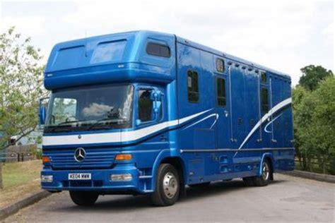 horseboxes  sale stableexpress