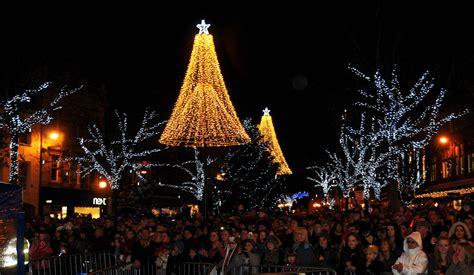 silver lake christmas lights decoratingspecial com