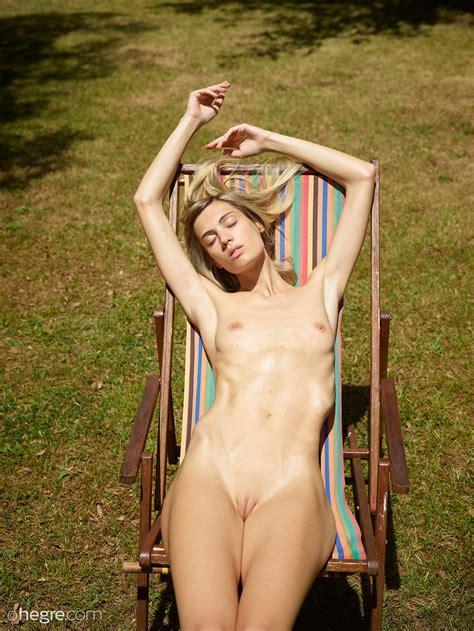Francy Hegre | New italian model