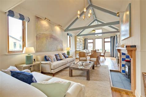 large sea garden cottages