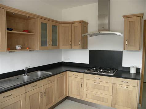renovation de cuisine en chene rénovation cuisine chene cuisine idées de décoration