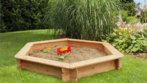 Sandkasten Im Garten by Wunderbare Sandkasten Im Garten Innerhalb Alles Zum Thema