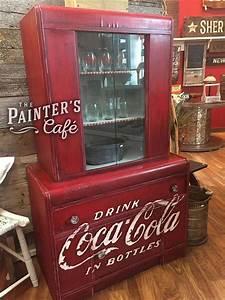 Coca Cola Möbel : m bel kann ein kunstwerk sein und f gen sie einen gro en schwerpunkt auf ihr zimmer die coca ~ Indierocktalk.com Haus und Dekorationen