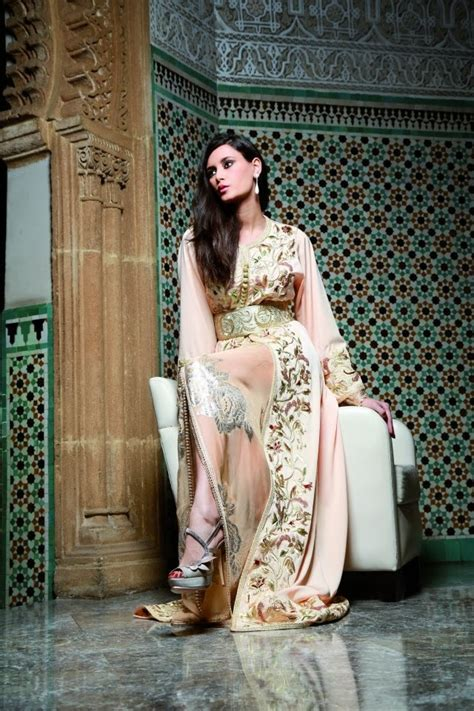 robe marocaine tackchita car interior design