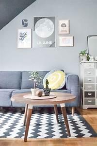 inspirations scandinaves pour un hiver cosy cocon de With tapis de marche avec plaid canapé tendance