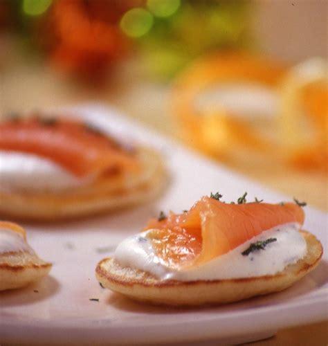 recette de cuisine saumon blinis au saumon fumé les meilleures recettes de cuisine