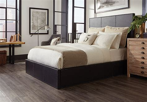 Flooring Ideas For Bedrooms by Vinyl Wood Look Flooring Ideas