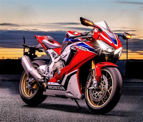 cbr top model price launched 2017 cbr1000rr price pics features bookings open