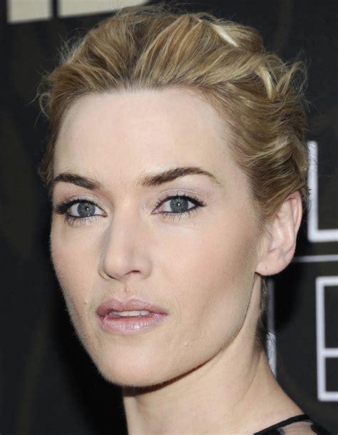 Попала в книгу рекордов гинесса, т.к смогла. Kate Winslet rescues billionaire's mother from a burning house; Jennifer Garner and Ben Affleck ...