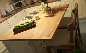 Plan De Travail Bois Sur Mesure : plan de travail bois cuisine sa surface rend un toucher ~ Premium-room.com Idées de Décoration