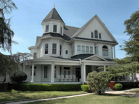Best 25+ Funeral Homes For Sale Ideas On Pinterest