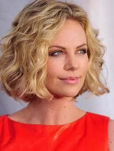 Frisuren Locken Mittellang : frisuren mittellang stufig locken frisuren pinterest stufige locken frisuren mittellang ~ Frokenaadalensverden.com Haus und Dekorationen