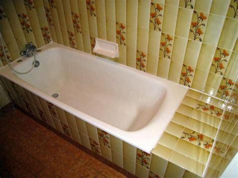 pvc salle de bain comment poser des dalles pvc dumawall dans une salle de bain