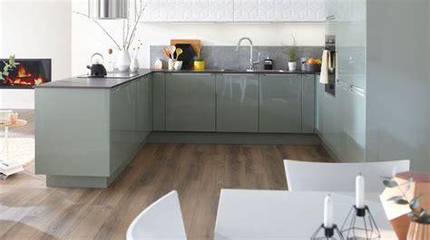 cree sa cuisine aménagemer une cuisine ouverte en longueur pas cher