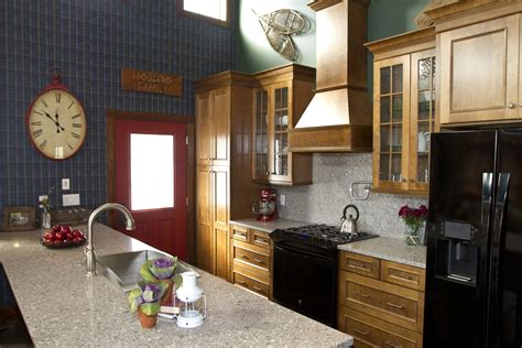 Ivy League Style Kitchen On Extreme Makeover