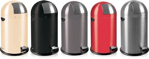 cuisine americaine en u corbeille poubelle de cuisine ronde à pédale 33 litres