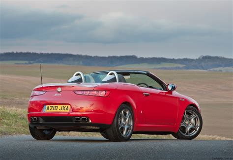 Alfa Romeo Spider by 2011 Alfa Romeo Spider 1750 Tbi Launched In Australia