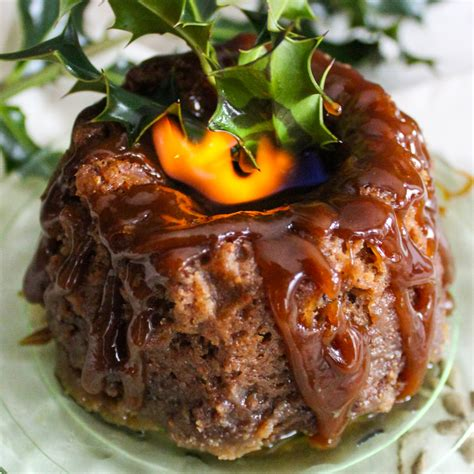 figgy pudding charles dickens style traditional christmas figgy pudding recipe
