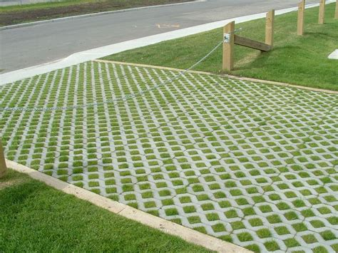 water permeable driveway permeable driveway paving pinterest driveways grasses and shower base