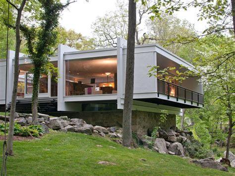 moderns modern house   canaan ct patch