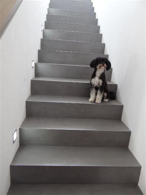 Treppe In Betonoptik by Betontreppe Gespachtelt Treppenbeschichtung Betonoptik