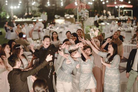 rustic beach wedding   royal santrian bali