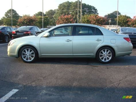 Silver Pine Mica 2006 Toyota Avalon Limited Exterior Photo
