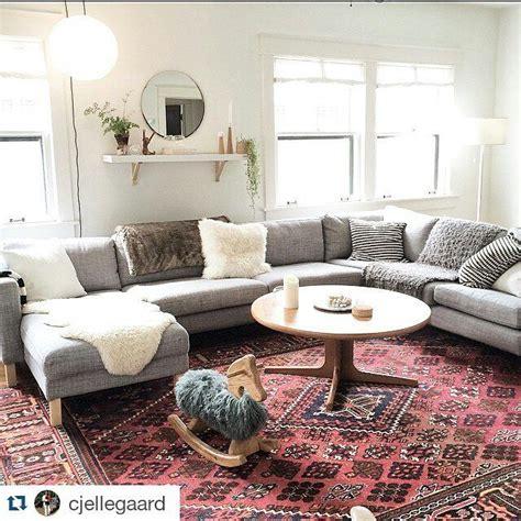 sunroom ikea karlstad sofa        salon