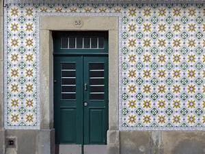 Fliesen Putzen Mit Spülmittel : azulejos fliesen und platten glossar baunetz wissen ~ Bigdaddyawards.com Haus und Dekorationen