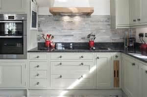 limestone kitchen backsplash 27 kitchen backsplash designs home dreamy