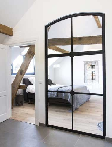 miroire chambre verrière intérieure dans chambre réalisée en miroirs