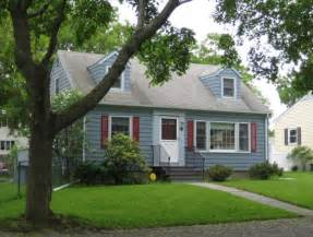 cape code house plans the cape cod house in cambridge and nearby centers and