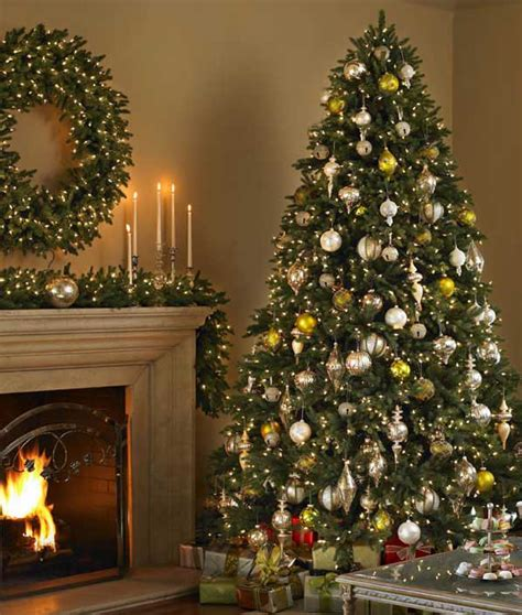 consumers pursue balsam hill artificial christmas trees
